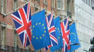 Banderas-britanicas-Union-Europea-Londres_ECDIMA20150302_0007_17
